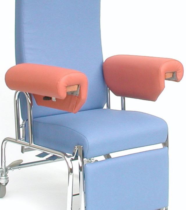 0520 Blaser Chair Lento R Mit Aal Armlehne L Form 800X900 72