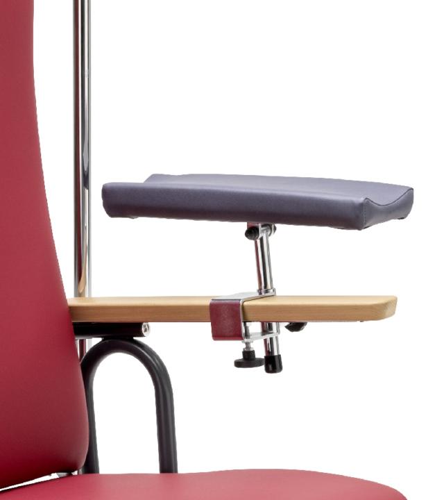 0520 Blaser Chair Sana Zubehoer Bea Armauflage 800X900 72