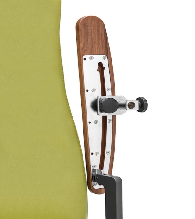 0520 Blaser Chair Vita Armlehnenadapter Detail 800X900 72