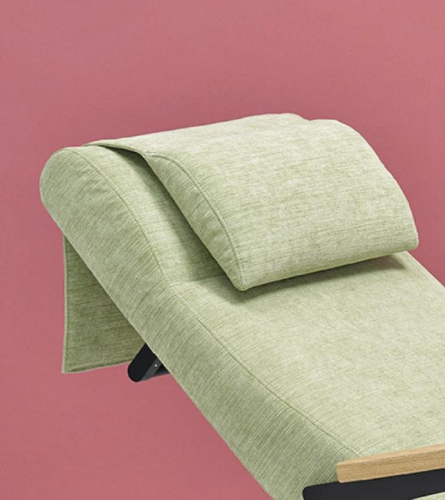 0520 Blaser Chair Cura Nke Liegend 800X900 72