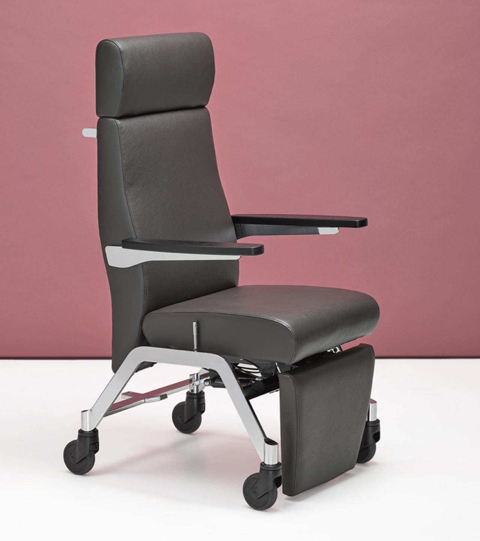 0520 Blaser Chair Medica Seite Sitzposition Braun 800X900 72