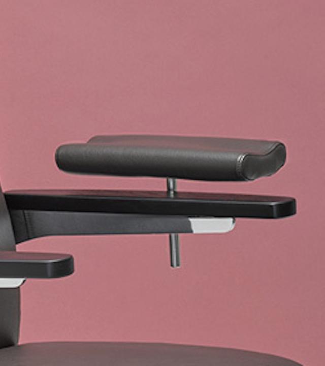 0520 Blaser Chair Isola Armauflage 800X900 72